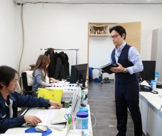 横浜営業所事務所